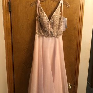 brand new with tags prom dress